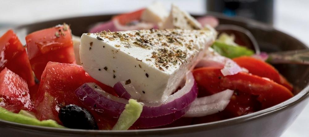 cuisine-grecque-enfants-salade-grecque
